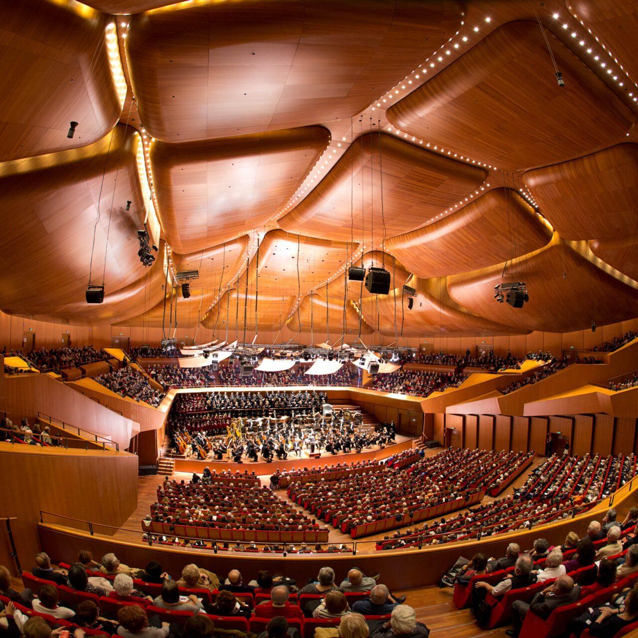 Roma, Auditorium Parco della Musica 28 10 2014. Inaugurazione Stagione di Musica Sinfonica. Orchestra e Coro dell'Accademia Nazionale di Santa Cecilia, Coro di Voci Bianche, Antonio Pappano direttore, Evgenij Kissin pianoforte, Ciro Visco maestro del Coro.  ©Musacchio & Ianniello ******************************************************* NB la presente foto puo' essere utilizzata esclusivamente per l'avvenimento in oggetto o  per pubblicazioni riguardanti l'Accademia Nazionale di Santa Cecilia *******************************************************